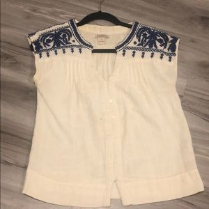 Lucky brand xs top with ethnic  blue embroidery
